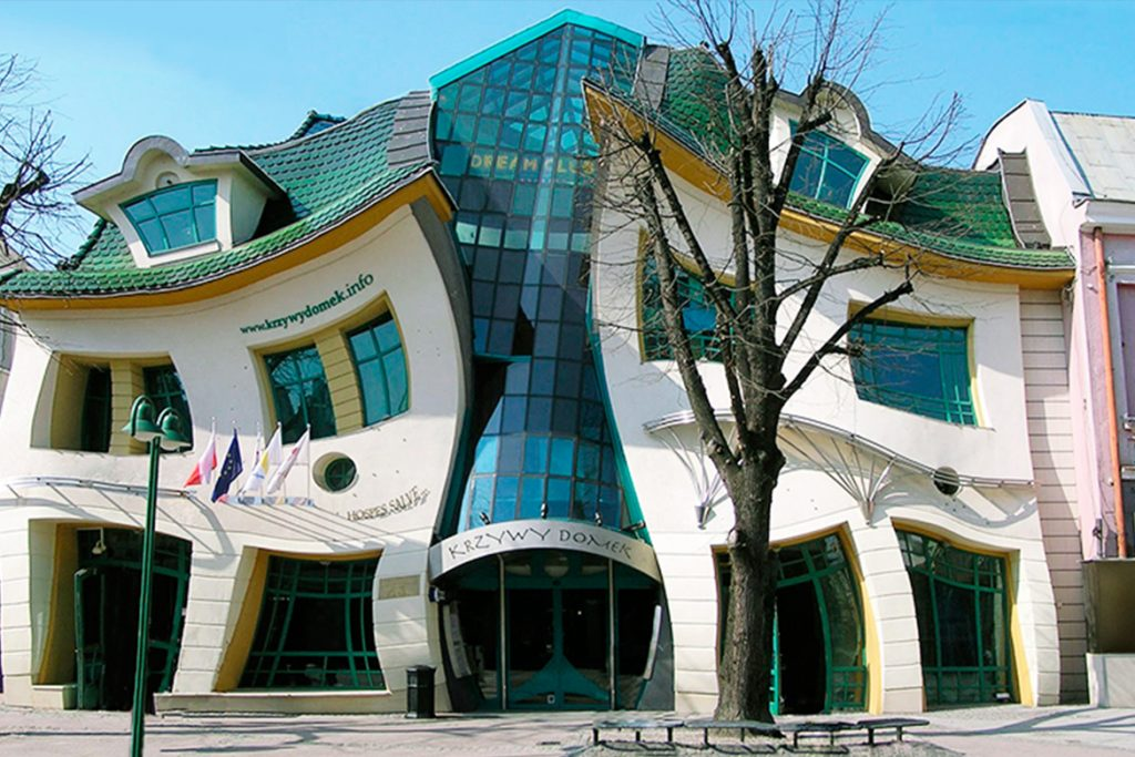 The Crooked Housce – Sopot, Poland